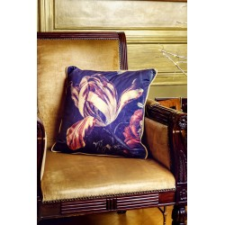 Design Antique Tulip Cushion