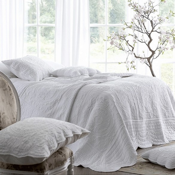 Athens Bedspread White