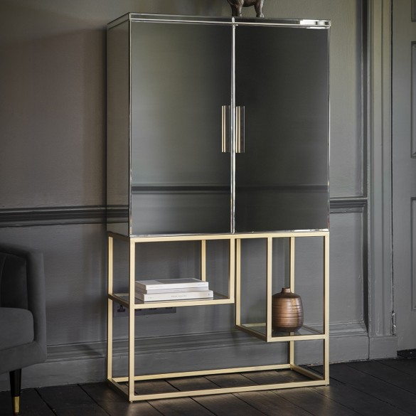 Pippard Cocktail Cabinet Champagne