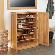 Mobel Large Oak Shoe Cupboard