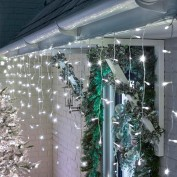 Snowing Icicle Lights - 960 LED